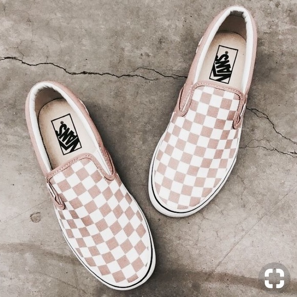 8877ed57a1 PINK CHECKERED VANS WITH TAGS!!! 🌸🌷🌺💐🌼